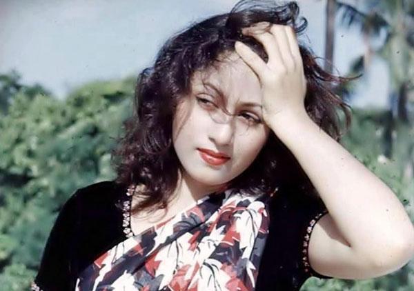 Katrina-Mughal222