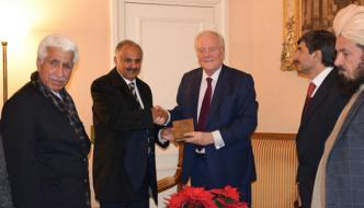 پاکستانی سینیٹرزکے وفد کا دورہ فرانس
