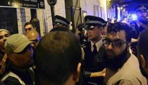 لندن، مسجد کے باہر جنونی نے نماز پڑھ کر باہر آنے والوں پر وین چڑھادی، ایک شہید، 10 زخمی