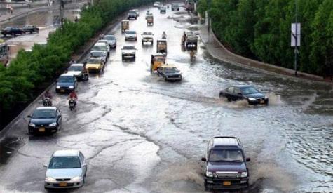 کراچی میں آندھی اور موسلادھار بارش، کرنٹ لگنے سے بچے سمیت 5 افراد جاں بحق