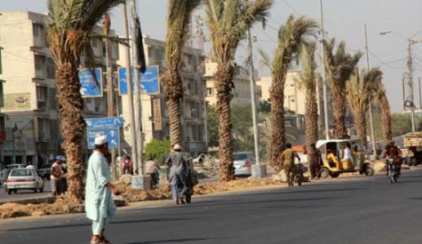 اربوں روپے سے تعمیر یونیورسٹی روڈ اور شارع فیصل ،شہریوں کو فائدہ نہ ہوسکا