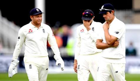 ٹیسٹ، انگلینڈ کو جیت کے لئے مشکل ہدف کا سامنا