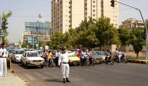 ٹریفک جام سے بچنے کے لئے کراچی کے راستوں میں تبدیلی کے احکامات