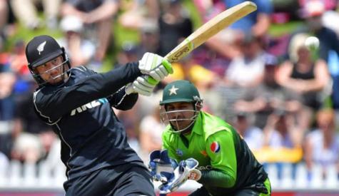 ون ڈے، بولٹ کی بلٹ رفتار گیندوں سے پاکستانی بیٹ چھلنی