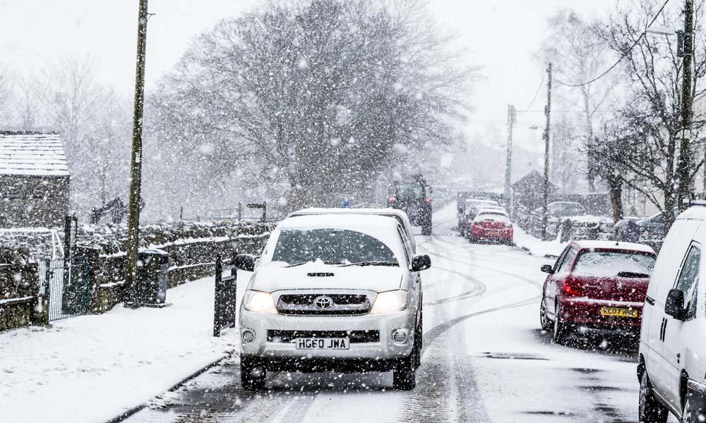لندن میں شدید سردی ،پائپ پھٹ گئے،پانی کی بھی قلت