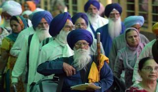 سکھ یاتریوں کو واپسی پر 'امرت جل' اور 'پنی پرساد' کے تحفے