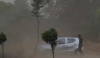 بھارت ، ریتیلے طوفان اور تباہ کن بارشوں سے 70 افراد ہلاک