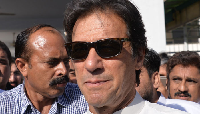 عمران خان کا عمرہ، طیارہ چارٹر کرنے پر ایک کروڑ روپے خرچ