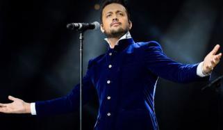 بھارتی فلم کیلئے گایا ہوا عاطف کا نیا گانا متاثر کرنے میں ناکام رہا