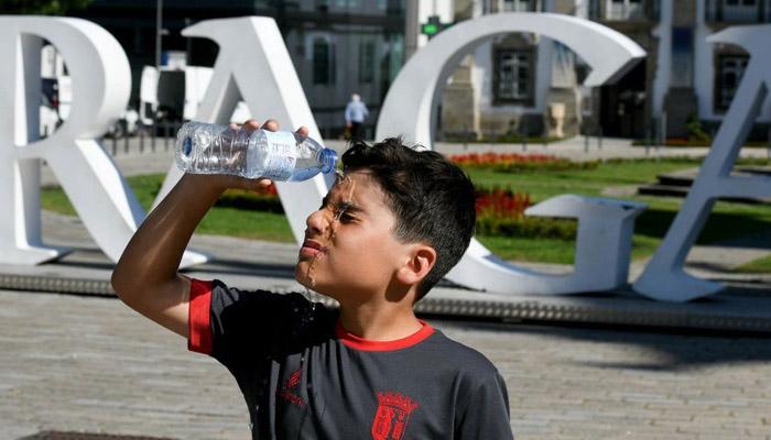 یورپی تاریخ کا گرم ترین دن کئی علاقوں میں انتباہ جاری