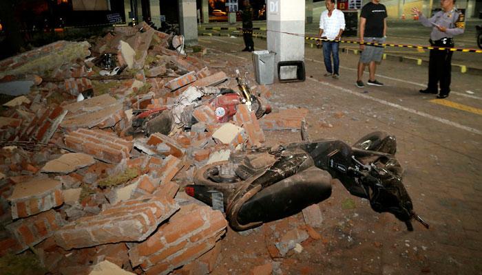 انڈونیشیا میں زلزلہ، ہلاکتیں140 سے زائد ہوگئیں،20 ہزار افراد بے گھر
