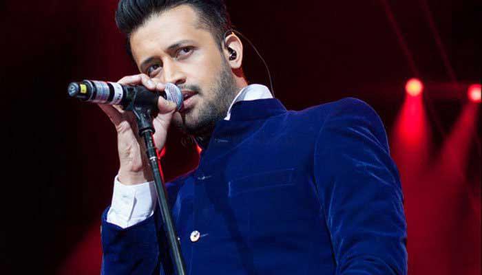 عاطف اسلم نے آزادی کنسرٹ میں بھارتی گانا گانے کی تردید کردی