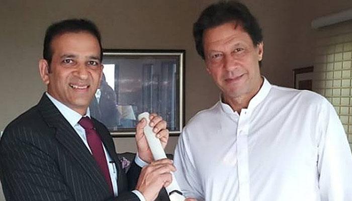 مسئلہ کشمیر سمیت تمام تصفیہ طلب مسائل کے حل کیلئے پاکستان اور بھارت کو مذاکرات بحال کرنے ہوں گے،عمران خان
