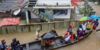 بھارتی ریاست کیرالہ میں شدید سیلاب کے باعث ایئرپورٹ بند