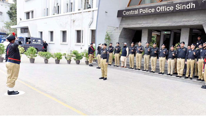 پولیس کا مقصد عوامی خدمت اور جرائم کیخلاف ڈٹ جانا ہے، آئی جی سندھ