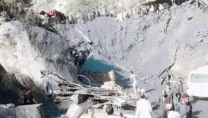 درہ آدم خیل، کوئلہ کی کان میں دھماکا، 9 مزدور جاں بحق، دھماکے سے درجنوں کان کن ملبہ تلے دب گئے