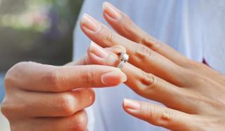 Women Could Divorce Husbands In Pakistan