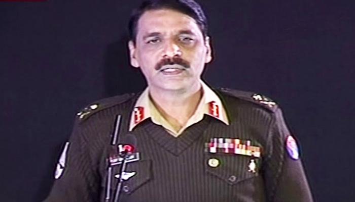 میڈیا 6 ماہ صرف ترقی دکھائے، آگے وقت بہت اچھا یا بہت خراب، آج پرانی فوج نہیں، ایک ایک اینٹ لگاکر پاکستان دوبارہ بنارہے ہیں، فوجی ترجمان