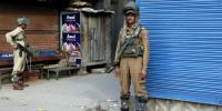 مقبوضہ کشمیر، شہداء سپردخاک، وادی میں مکمل ہڑتال