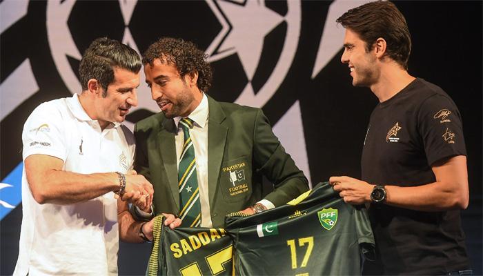 فٹبال کپتان صدام کا فیگو اور کاکا کو سرپرائز