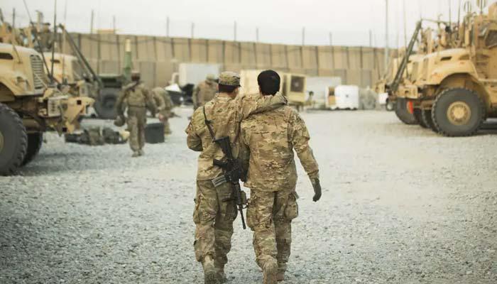 افغانستان میں فوج کے مترجمین کو فیملیزبرطانیہ لانے میں پریشانی