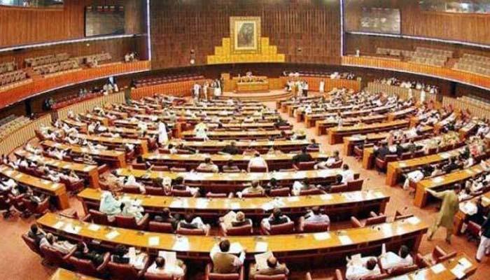 پارلیمنٹ ڈائری:ارکان اُکتاہٹ کا شکار،اجلاس جاری رکھنا دُشوار