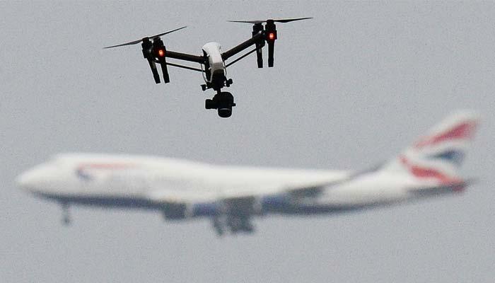 تین ماہ میں 18 مرتبہ ڈرونز مسافر طیاروں سے ٹکراتے ٹکراتے رہ گئے