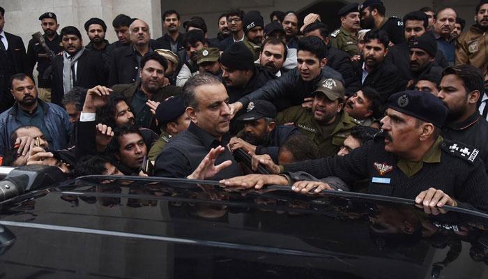 علیم خان 9 روزہ جسمانی ریمانڈپر نیب کے حوالے