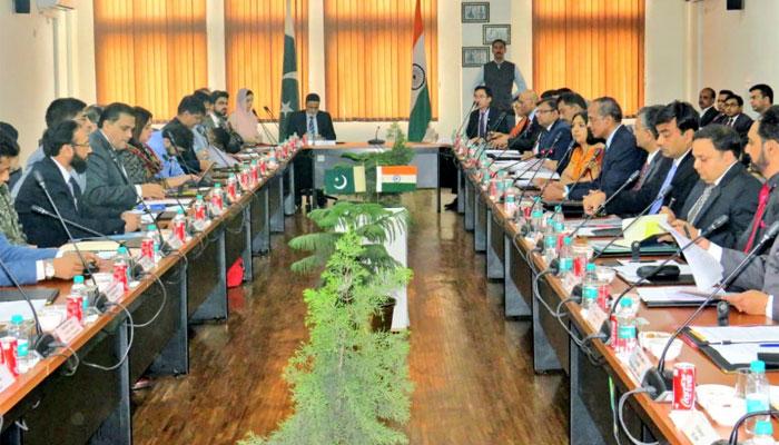 پاک بھارت تعلقات، مثبت پیش رفت، کرتارپور راہداری جلد آپریشنل کرنے پر اتفاق، آئندہ میٹنگ کی تاریخ بھی طے، کئی برسوں بعد مشترکہ اعلامیہ جاری، کچھ اختلافات ہیں،پاکستان