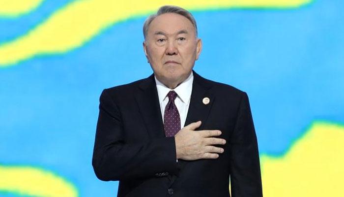 قازق صدر نور سلطان نذر بائیوف تین دہائیوں بعد مستعفی