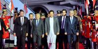ملائیشین وزیراعظم پاکستان پہنچ گئے، سوا کھرب روپے کے معاہدے ہونگے