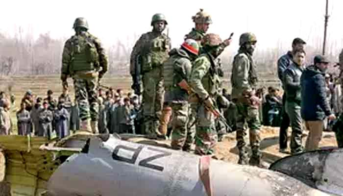 بھارت نے اپنے ہی 6 فوجی مار دیئے، ہیلی کاپٹر بھی تباہ