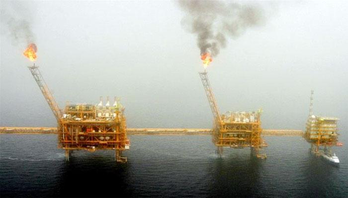 امریکا نے ایران سے تیل خریدنے والوں کا استثنیٰ ختم کردیا، چین اور ترکی نے مسترد کردیا