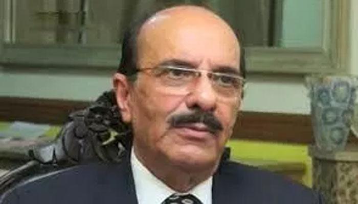 عمران خان نے مونس الٰہی کو وزارت ملنے کی یقین دہانی کرائی ہے،کامل علی آغا