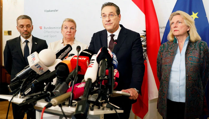 آسٹریا کے نائب چانسلر ہائنز کرسٹیان اشٹراخے متنازع ویڈیو کے منظر عام پر آنے کے بعد مستعفی