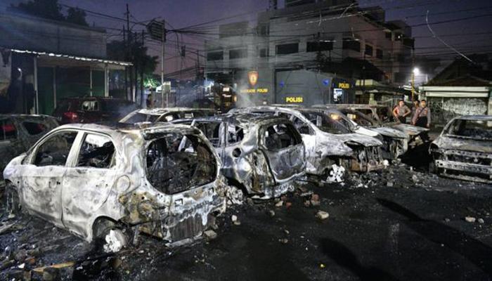 انڈونیشیا، صدارتی الیکشن کے نتائج پر ہنگامے پھوٹ پڑے، 6 ہلاک، 200 زخمی