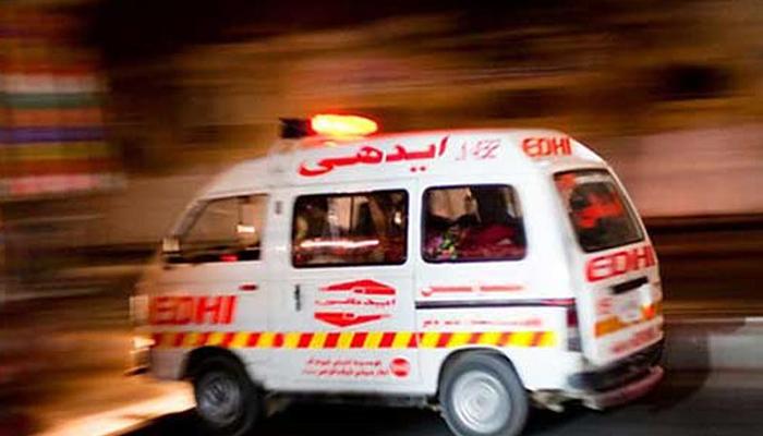 قومی شاہراہ پر تیز رفتار کوچ کی موٹر سائیکل کو ٹکر ، 4؍مزدور ہلاک