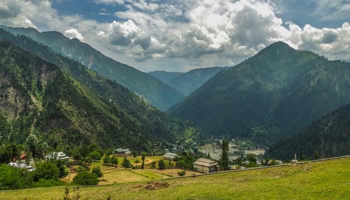 سی پی آئی سی کے تحت دستاویزی فلم، پاکستان میں سیاحت کے بہترین مقامات ہیں، خالد محمود ایم پی