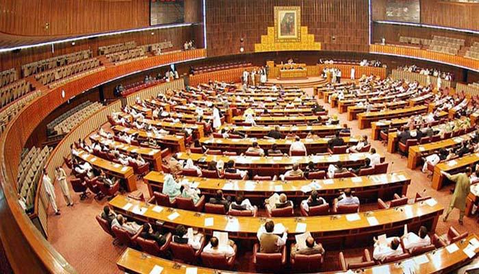 قومی اسمبلی اجلاس میں شدیدہنگامہ آرائی کاخطرہ،بات آگے بھی بڑھ سکتی ہے