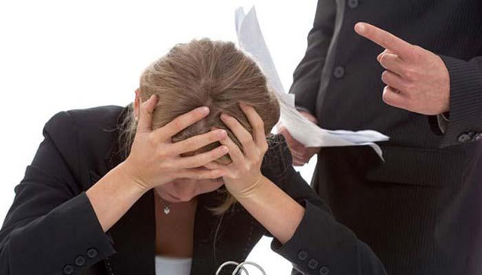 باس کاتلخ رویہ ملازمین کودل کےعارضےمیں مبتلاکرسکتاہے،تحقیق