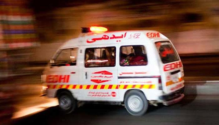سعید آباد،تیز رفتار موٹر سائیکلوں میں تصادم،نوجوان جاں بحق،3افراد زخمی