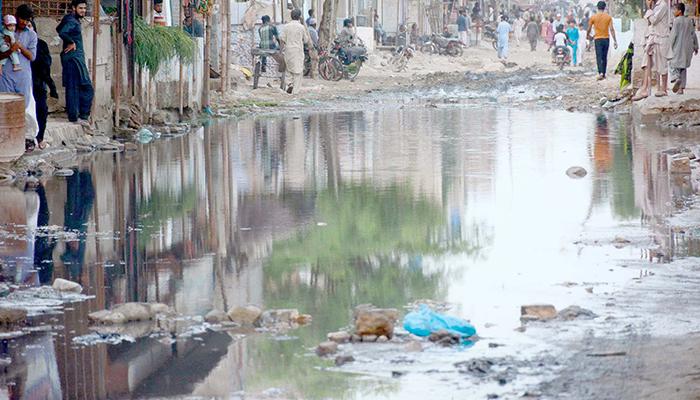 پنجاب چورنگی انڈر پاس میں پانی داخل