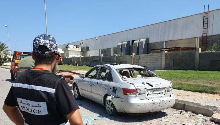 لیبیا، واحد فعال طرابلس ہوائی اڈے پر راکٹ داغے جانے کے بعد پروازیں عارضی طور پر معطل