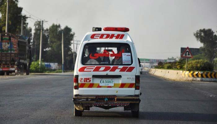 مختلف علاقوں میں ٹریفک حادثات، خاتون سمیت 7 افراد جاں بحق، 5 زخمی