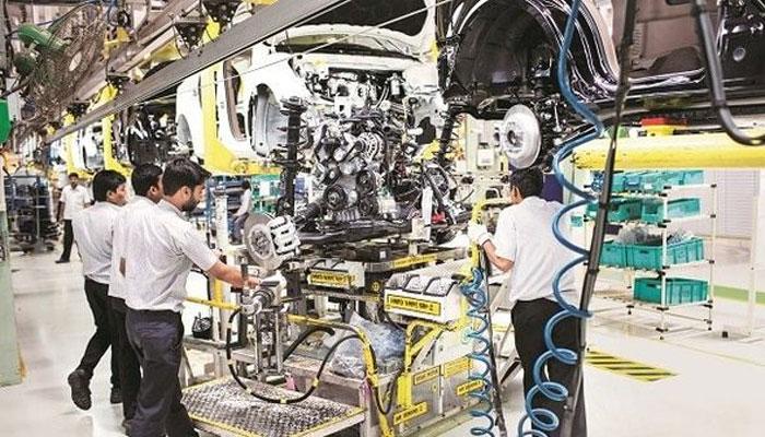 بھارت میں گاڑیاں بنانے کا شعبہ بحران کا شکار، ملازمین پریشان