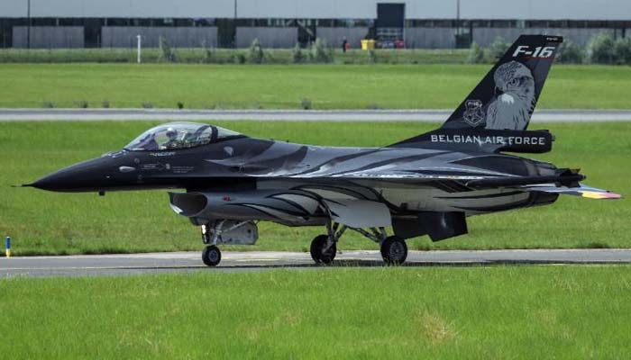 بلجیم کا F-16 طیارہ فرانس میں گر کر تباہ