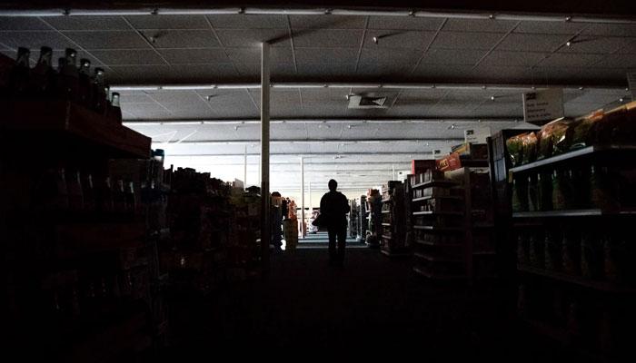 امریکا ،کیلی فورنیا میںدو روز سے بجلی بند،لاکھوں افراد متاثر