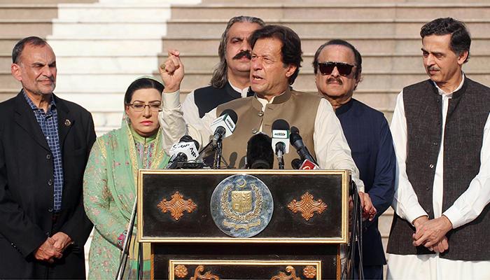 مودی نے اپنا آخری پتہ کھیل لیا ہے، وزیر اعظم عمران خان