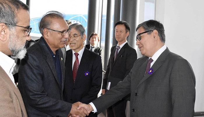 صدر عارف علوی جاپان پہنچ گئے ، شہنشاہ کی رسم تاج پوشی میں شریک ہونگے
