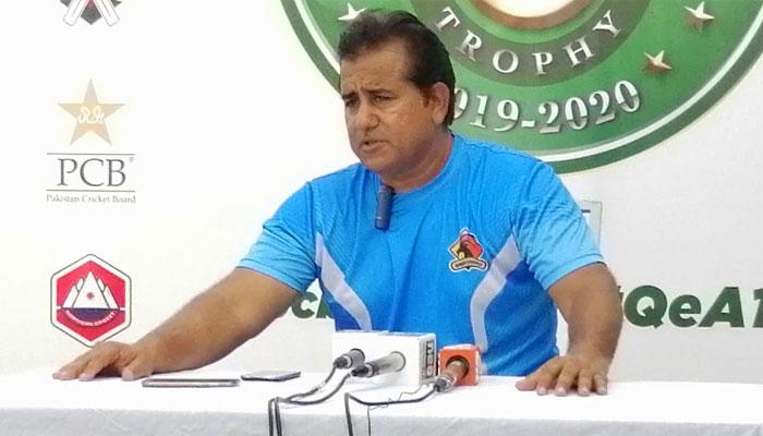 سندھ ٹیم کے کوچ اعظم خان کے رویے سے کرکٹرز ناخوش